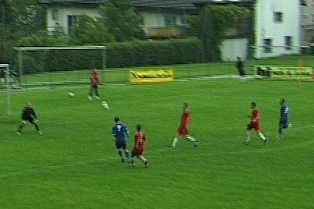Tor 8: Tomasz Pekala vom SC Bregenz